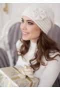 Женская шапка молочного цвета Landre Сонэт