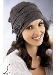 Красивая трикотажная шапка Willi Britney