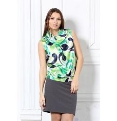 Женская блузка весенней расцветки