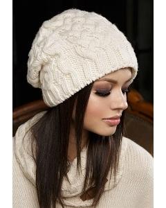 Недорогая стильная шапка Gulyann Jane