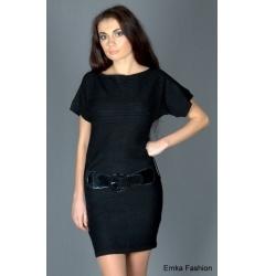 Маленькое чёрное трикотажное платье