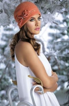 Женская шерстяная шапочка Willi Indila