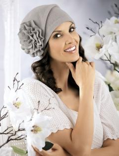 Изящная женская шапочка Willi Alba