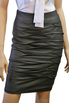 Стильная юбка серого цвета