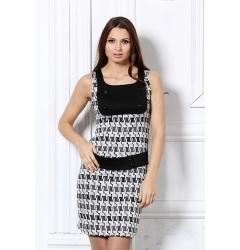 Чёрно-белое платье футляр