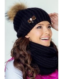 Чёрная женская зимняя шапка с помпоном Landre Селия