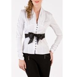 Белая блузка с черным поясом