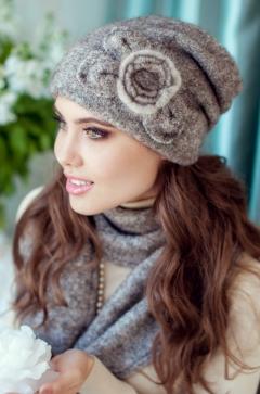 Комплект (шапка и шарф) коричневого цвета Landre Моника