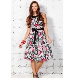 Женственное платье с цветами