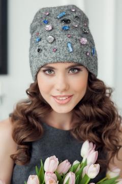 Красивая женская шапочка Landre Синди