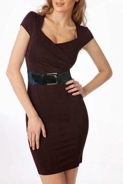 Коричневое трикотажное платье