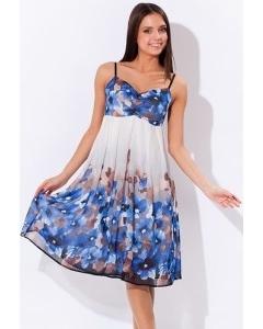 Бело-голубое летнее платье