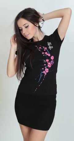 Черная клубная футболка Саккура