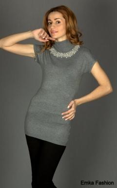 Простое но изящное платье-туника